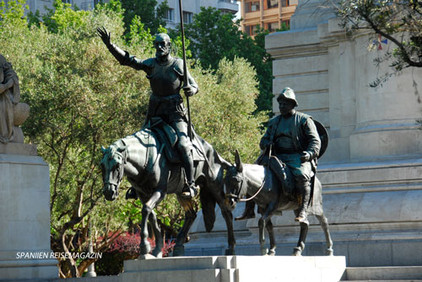 Statue Don Quijote in Madrid